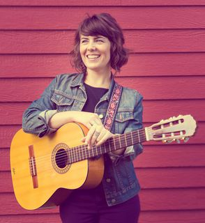 Sarah Dill - Singer-songwriter, USA